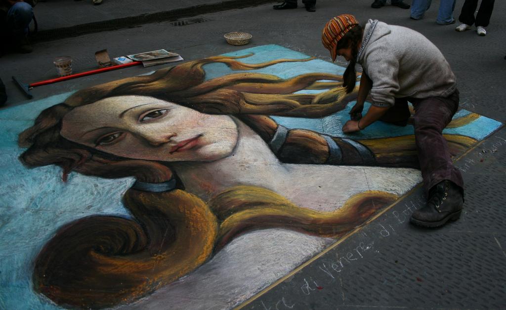 Image O Nascimento de Vénus de Botticelli refletido na arte de rua. Foto de Namona